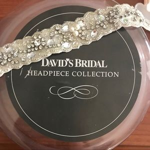David's Bridal Silver Jeweled Headpiece | NWT